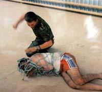 En la política antiterrorista de Bush, ningún derecho constitucional a los detenidos